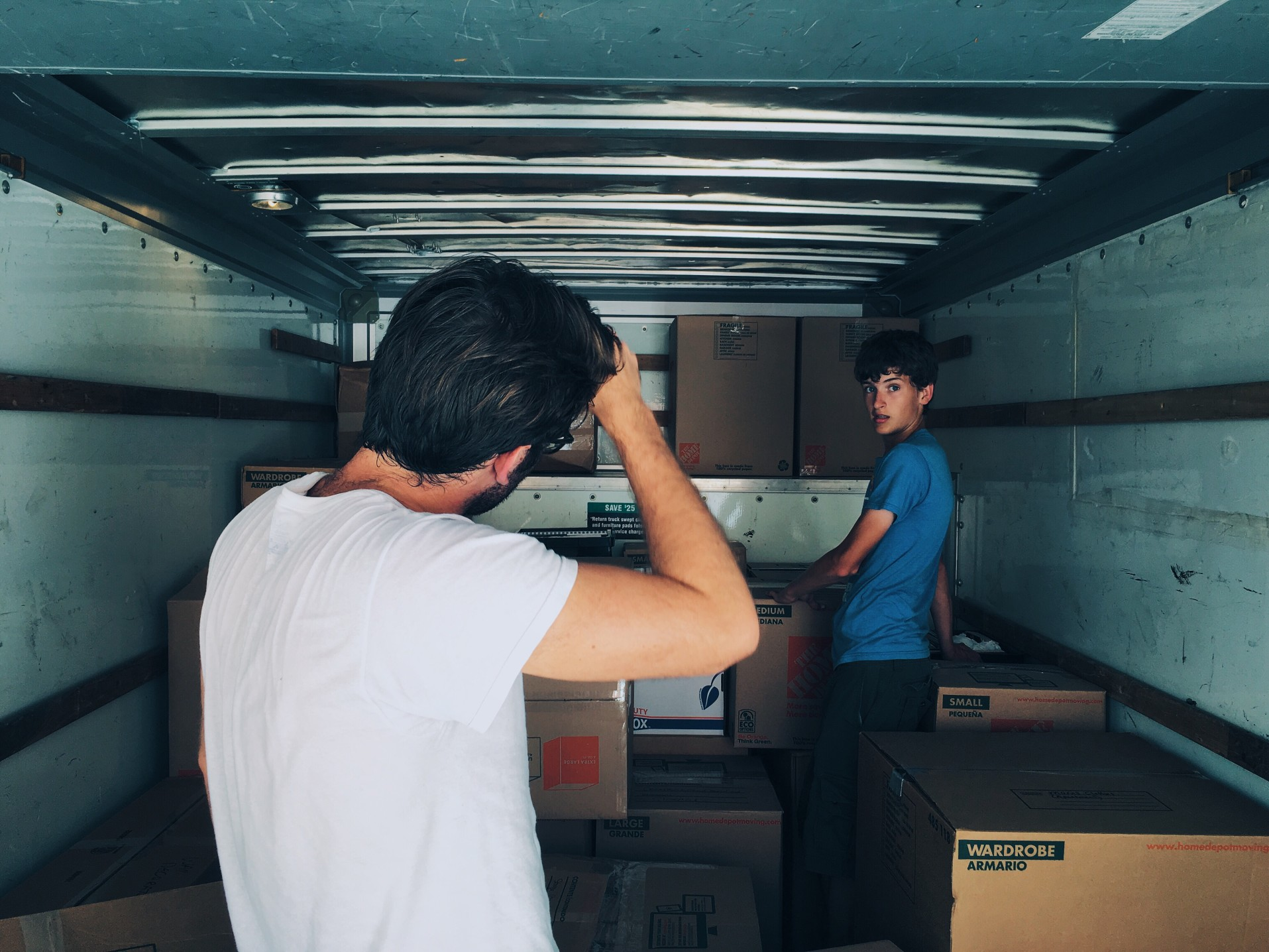 4 stages to do a Hassle-free Moving